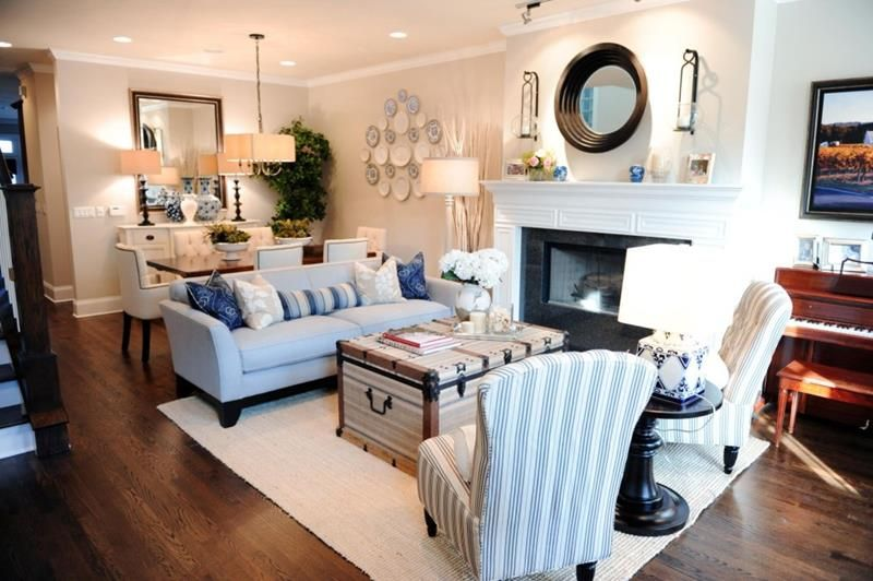 Living Room Dining Room Combination.Love This Set Up Rug With Leather Couch On One Side And