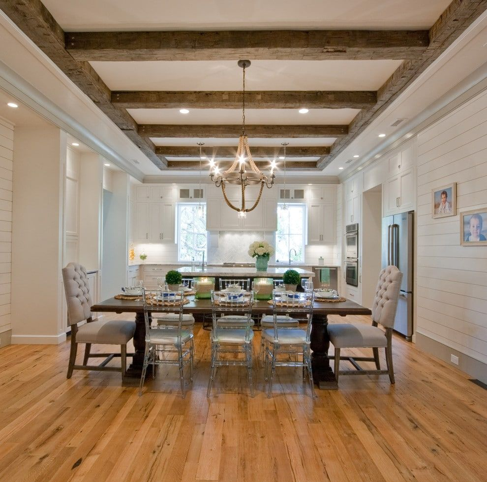 Картинки деревянный потолок