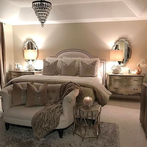 Neutral Bedroom Decorating Ideas Part - 21: Decorare Ai Piedi Del Letto! 20 Idee Bellissime A Cui Ispirarsi... Master Bedroom  DesignChic Master BedroomClassic Bedroom DecorAsian Bedroom DecorNeutral ...