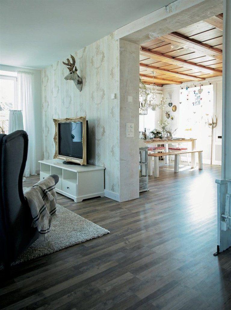 Fernseher mit schnörkeligem Bilderrahmen | Ideen für meine Wohnung ...
