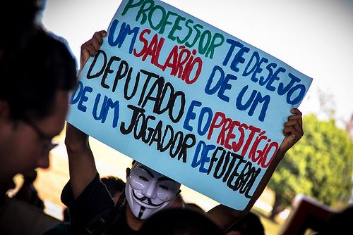 Apoio aos manifestantes de SP e todo país + Copa pra quem? - Brasília (DF) | Flickr - Photo Sharing!