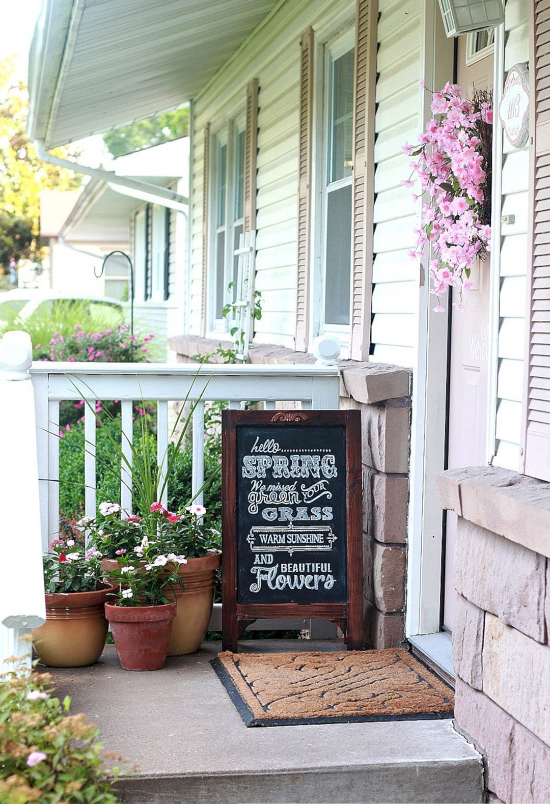 Wonderful 25 Tiny Front Porch Decorating Ideas On A Budget Freshouz Com Spring Porch Spring Porch Decor Porch Makeover