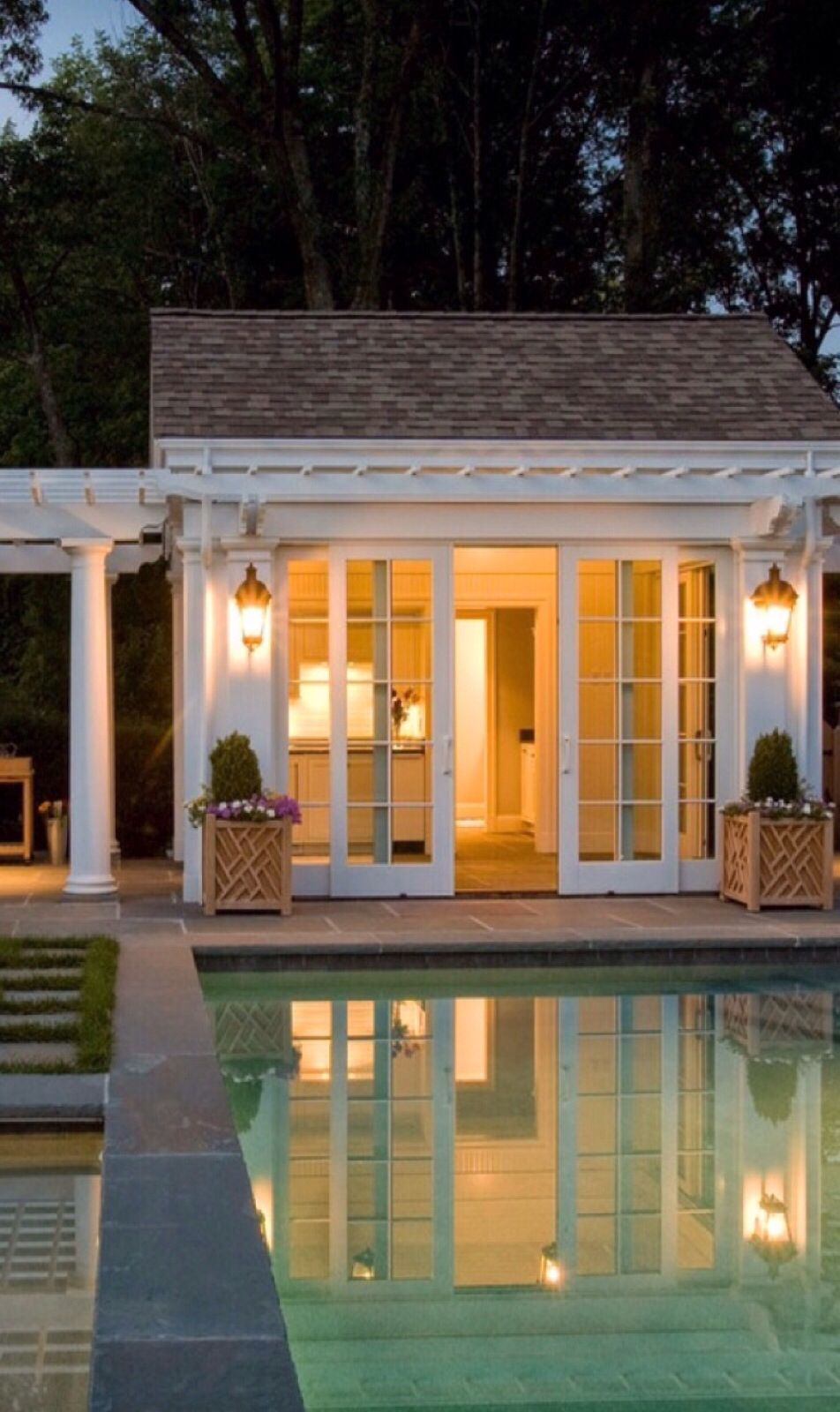 Luxury Homes And Estates With Pools Luxurydotcom Via Houzz Small Pool Houses Pool Houses Pool House Plans