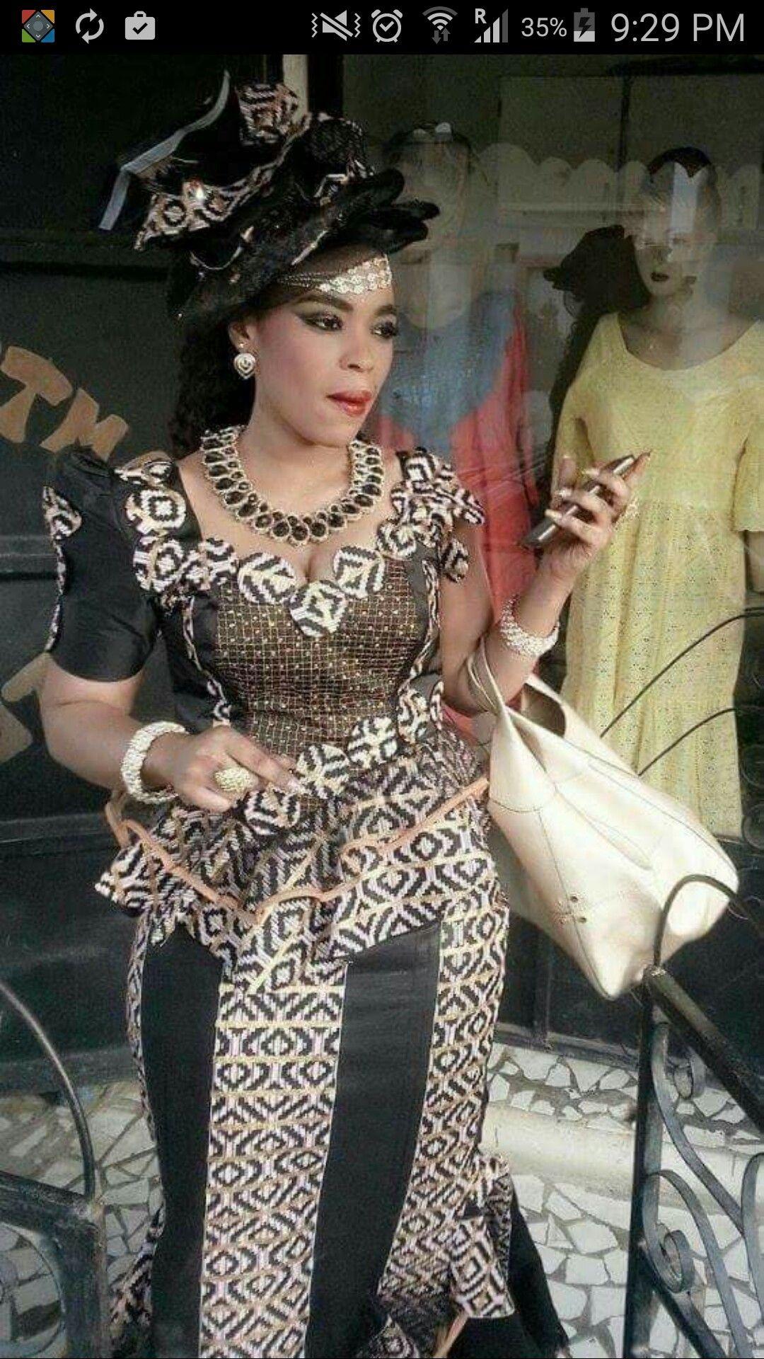 Épinglé par Fofana sur Fofana | Model pagne africain, Mode africaine robe et Modele tenue africaine