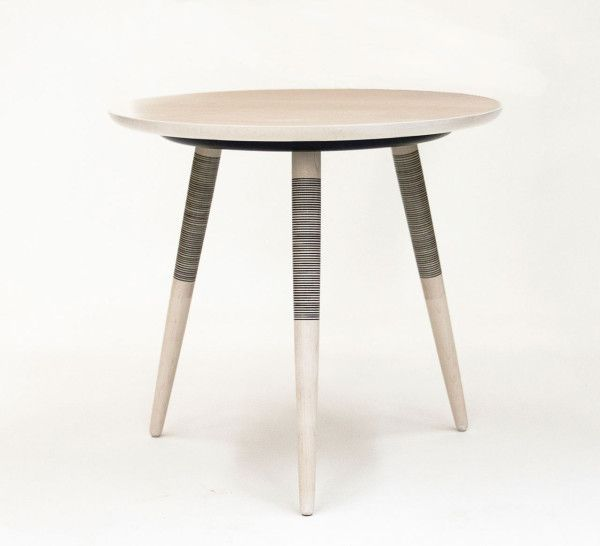 A Table Inspired By Japanese Hand Tattooing Avec Images Meuble Mobilier De Salon Table De Chevet