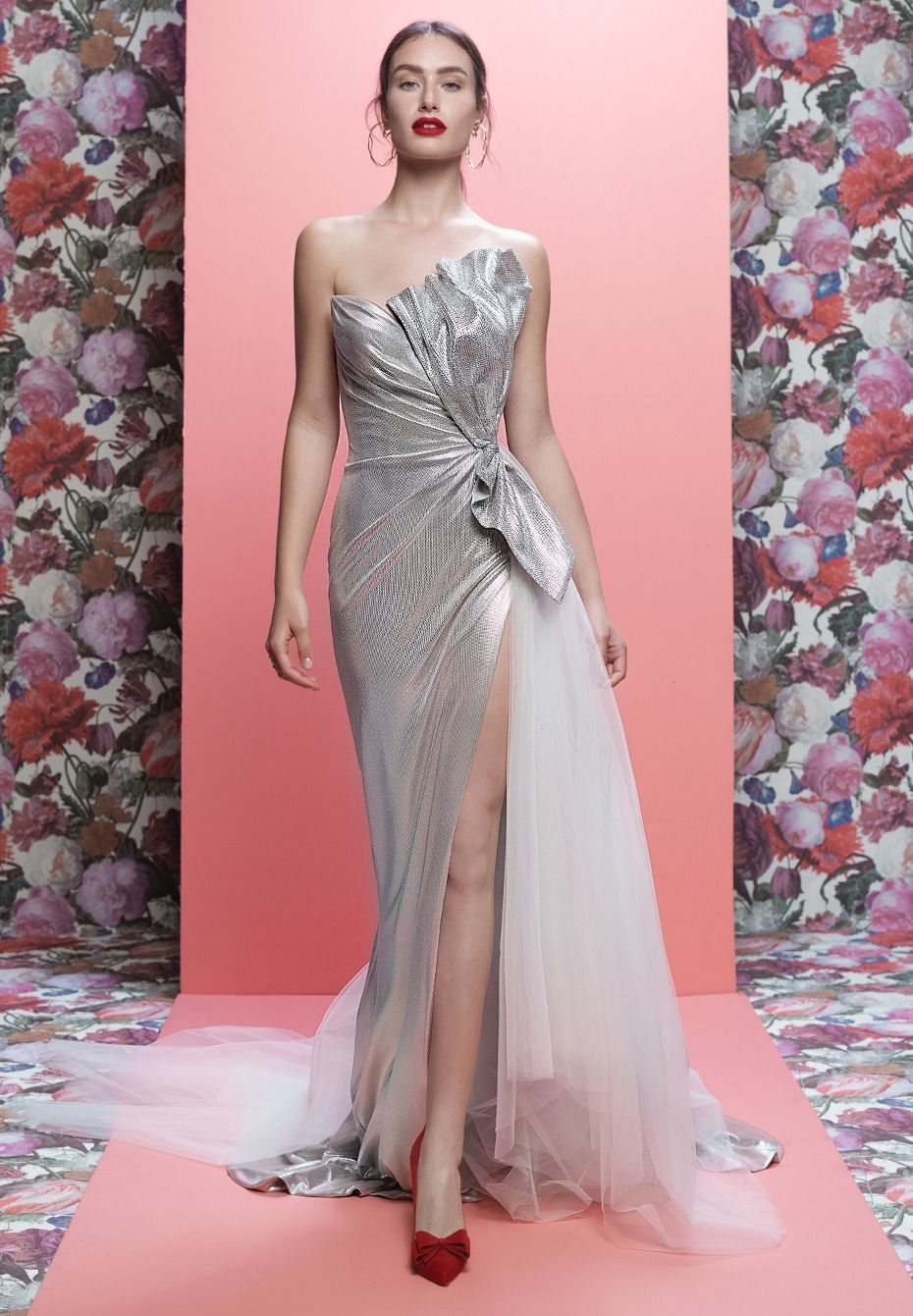Glam Wedding Dresses From Galia Lahav And The Cakes That Match Them ...