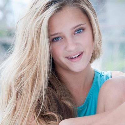 lizzy greene height
