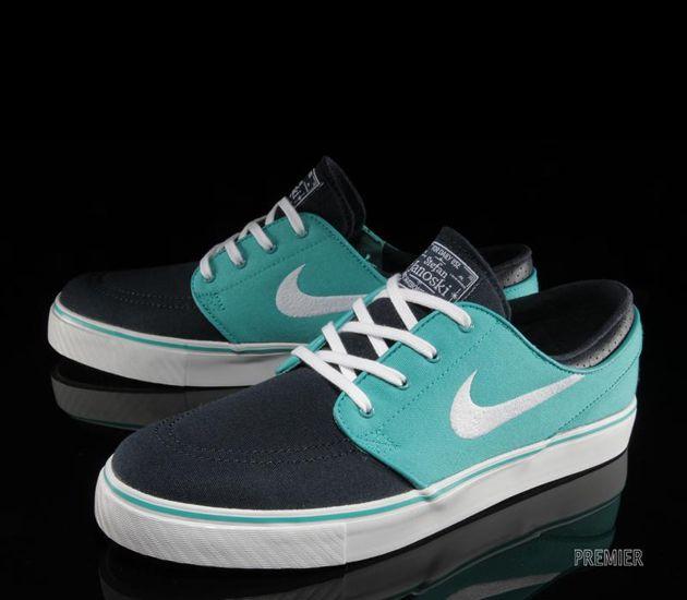 propietario Respiración A través de  Pin on Sneakers