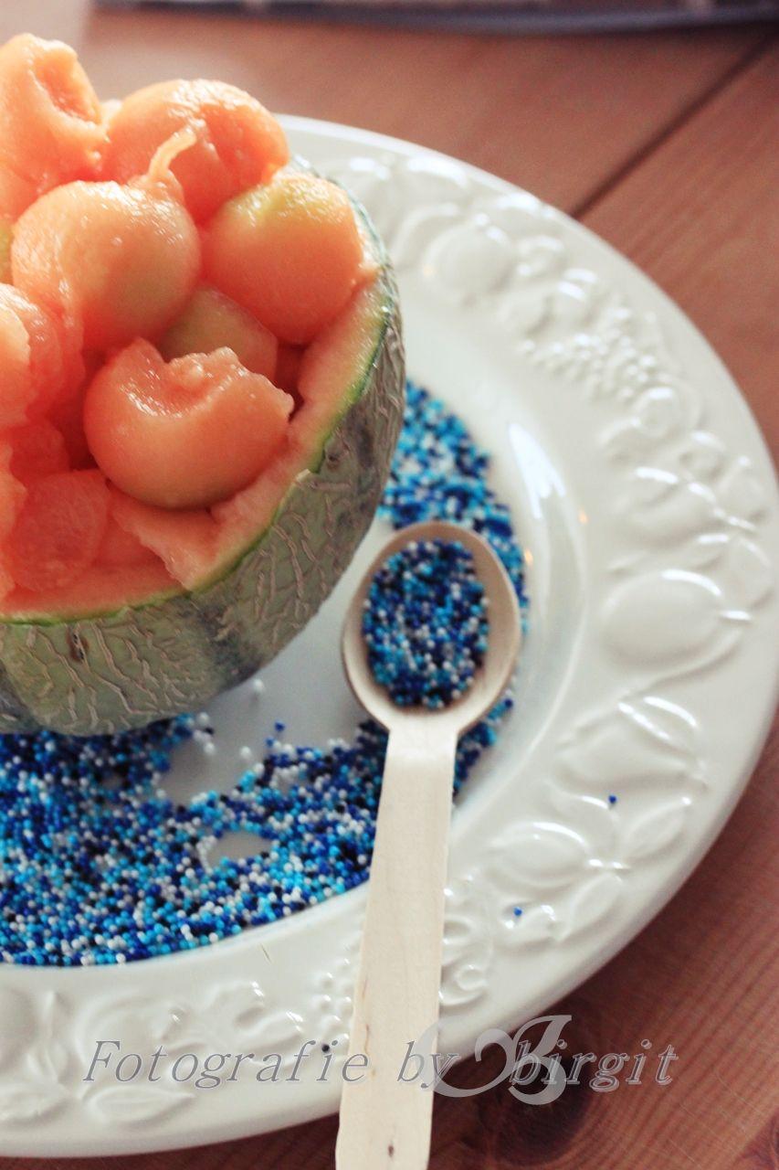 Melone im Sommer , eisgekühlt, bisschen Ahornsirup drauf, lecker...