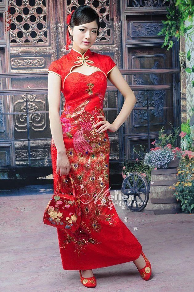 a55569a9a9a Wholesale chinese style cheongsam gold threads embroider the phoenix wedding  gown Chinese dress (6028)
