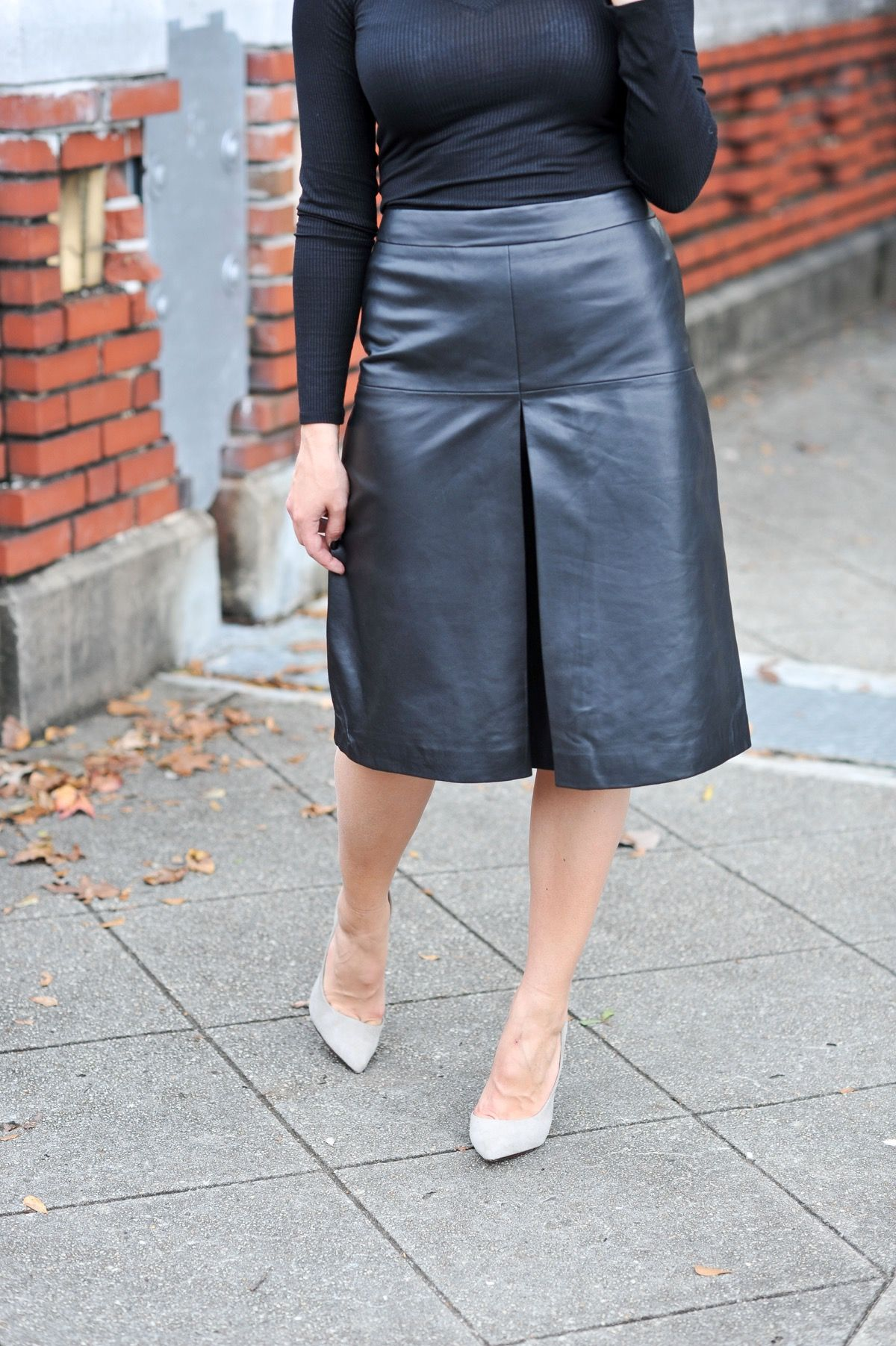 703816aa88 How To Wear All Black And Not Be Boring | My Style Vita | Black ...