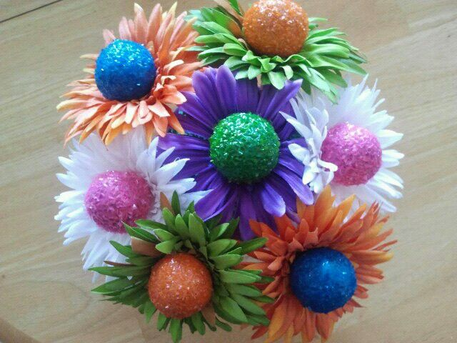 Cake Pop flower bouquet. use dollar store flowers | Cake Pops ...