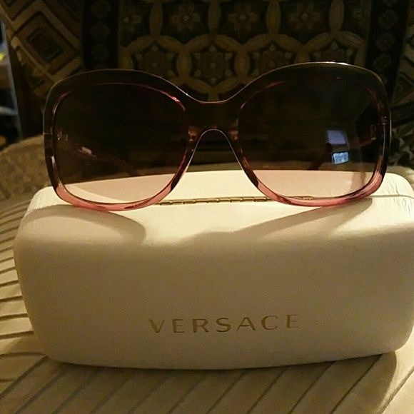 56b410fc4e77 Versace sunglasses Gorgeous Rose sunglasses Auth model number V8044 Versace  Accessories Sunglasses