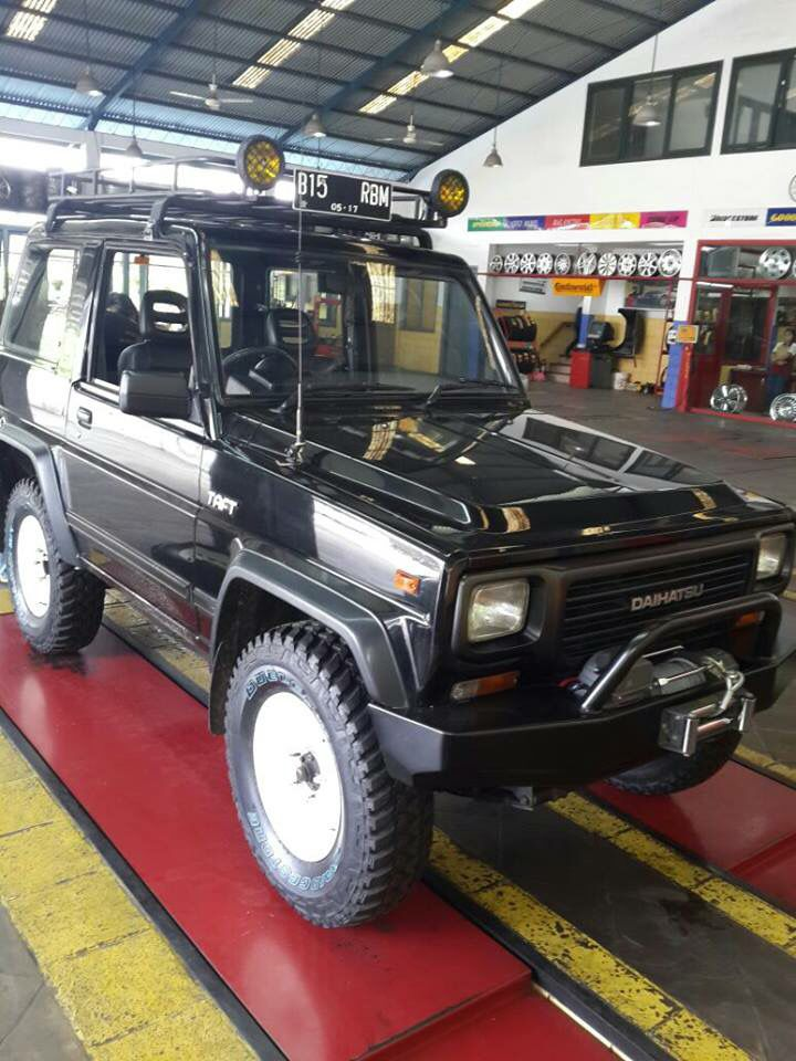 Daihatsu Rocky Dengan Gambar Truk Ford Truk