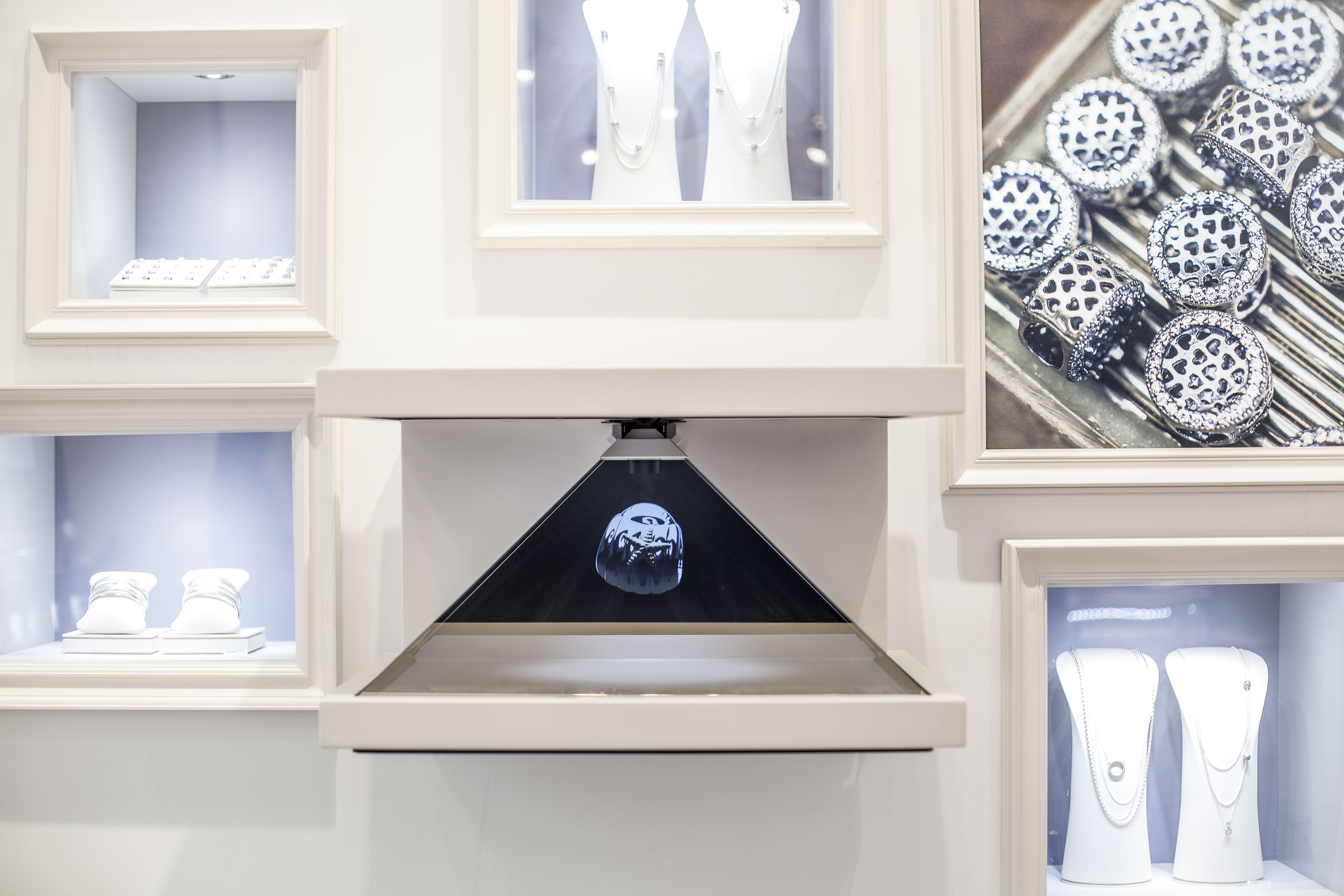 2d67055af CLP partnered with Pandora Jewelry to complete a project in Westfield World  Trade Center in NYC.