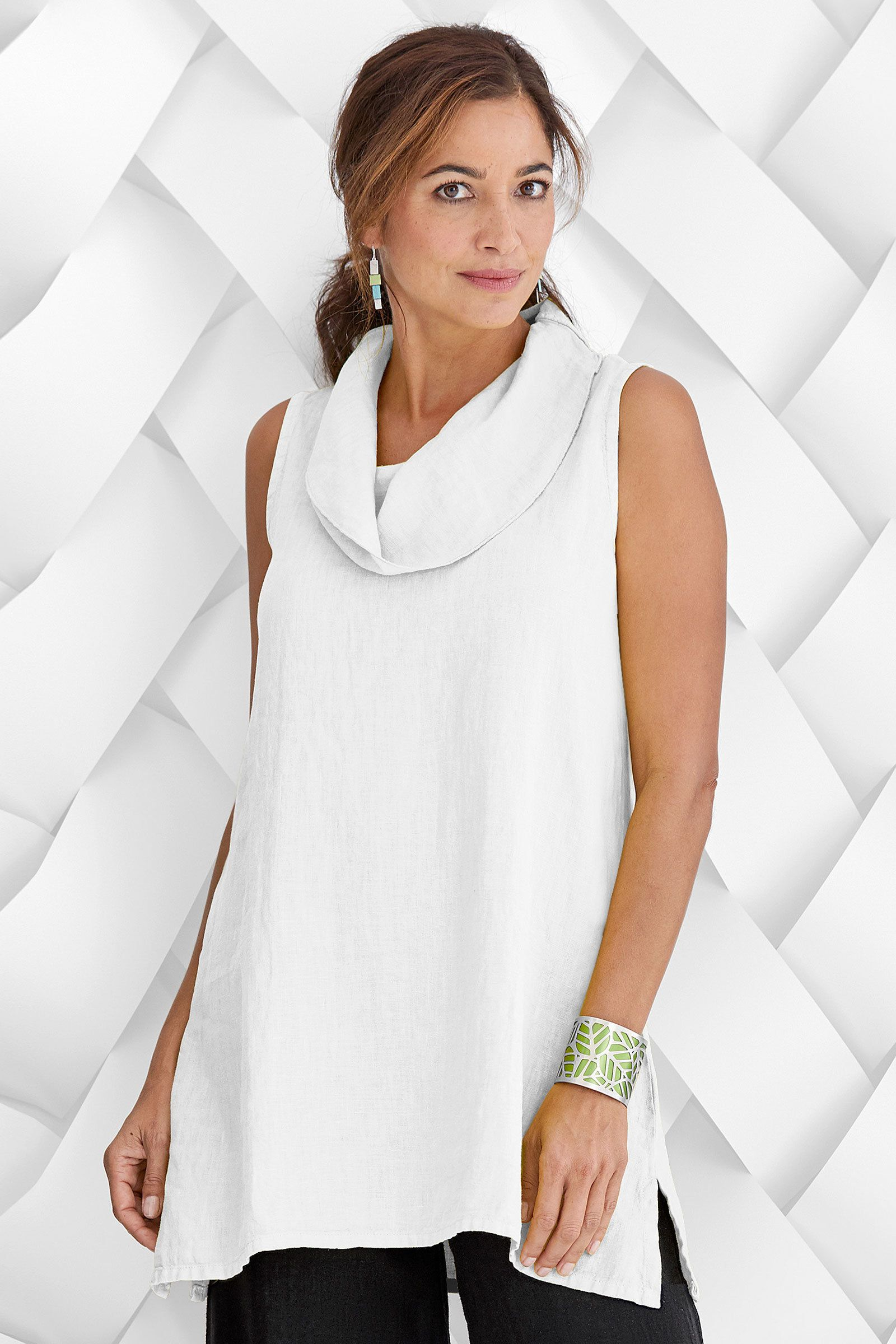 b120802f35 Loving this Whitney Tunic by Fenini (Linen Top)