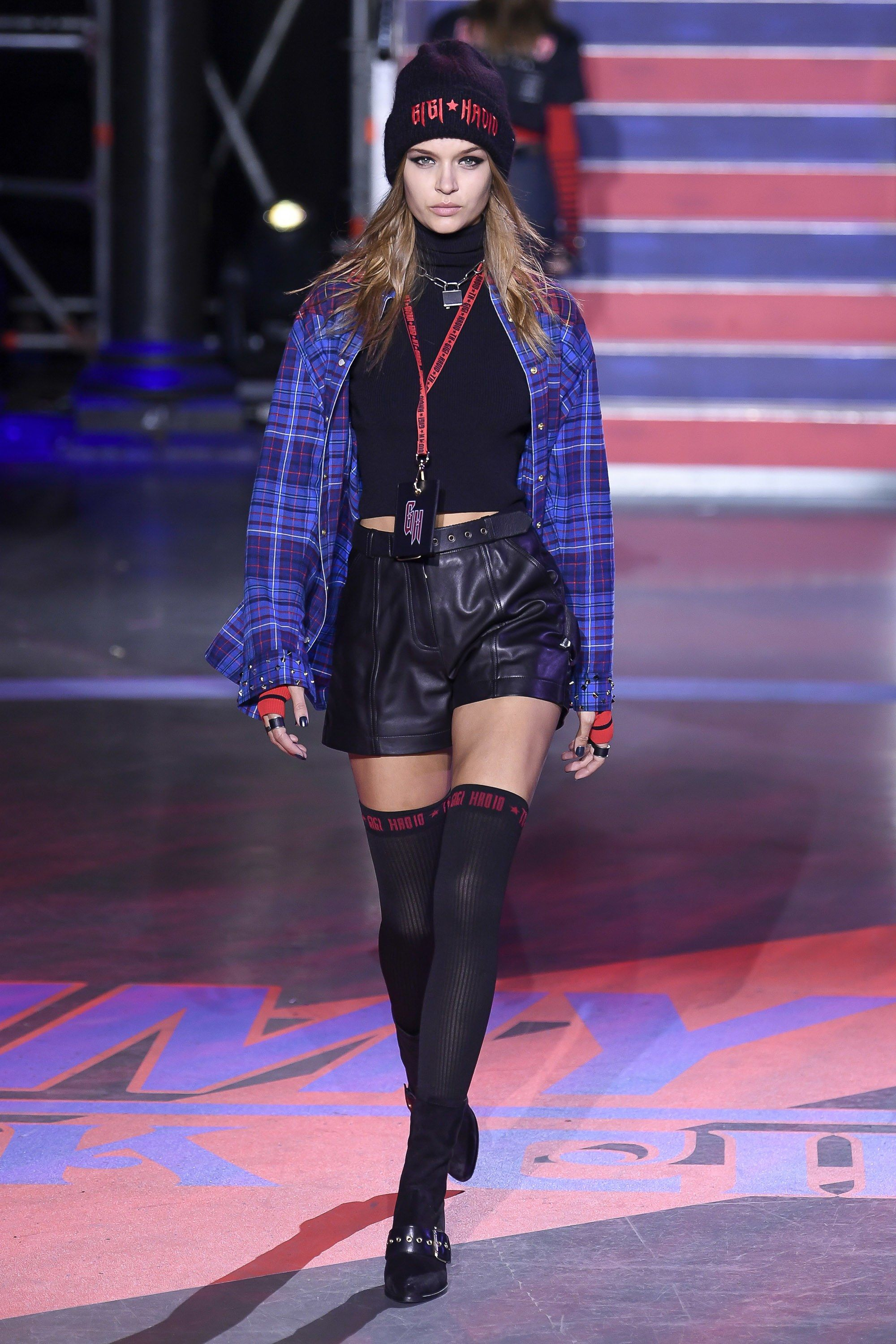 d9e6796f1 Tommy Hilfiger Fall 2017 Ready-to-Wear Fashion Show | Fall Fashion ...