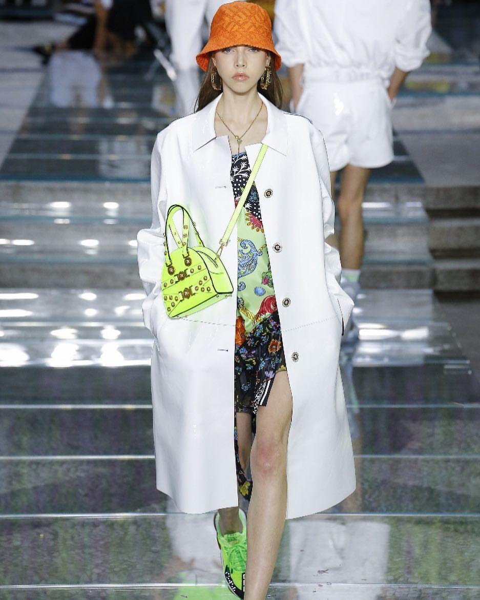 f10ab0130d073 Lea Julian for Versace menswear Spring Summer 2019  leajulian  versace   ss19