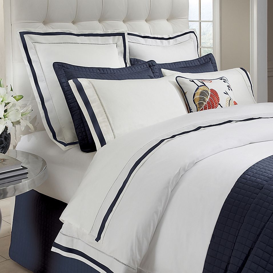 Downtown Company Chelsea Twin Duvet Cover In White/navy