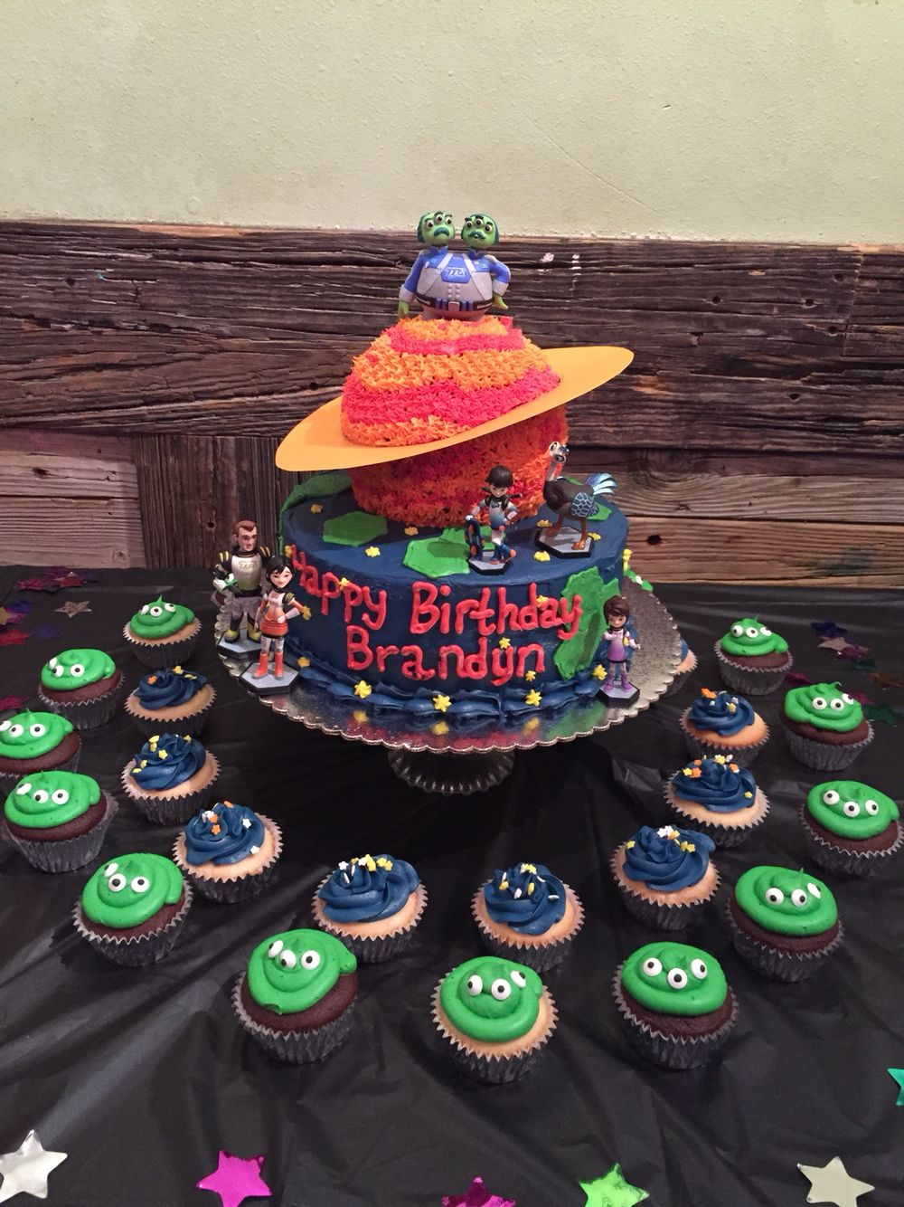 Miles From Tomorrowland Birthday Cake Pretty Cakes And Cupcakes
