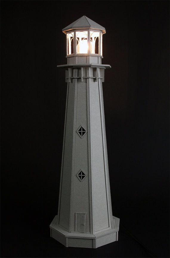 Kartonnen Vuurtoren Lamp Een Betoverend By Lifeincardboard On Etsy 390 00 Lighthouse Lamp Lighthouse Decor Lighthouse Crafts