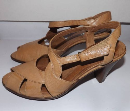 "CLARKS Shoes Tan Open Toe  Ankle Strap Sandals 3"" Heel Size 6"