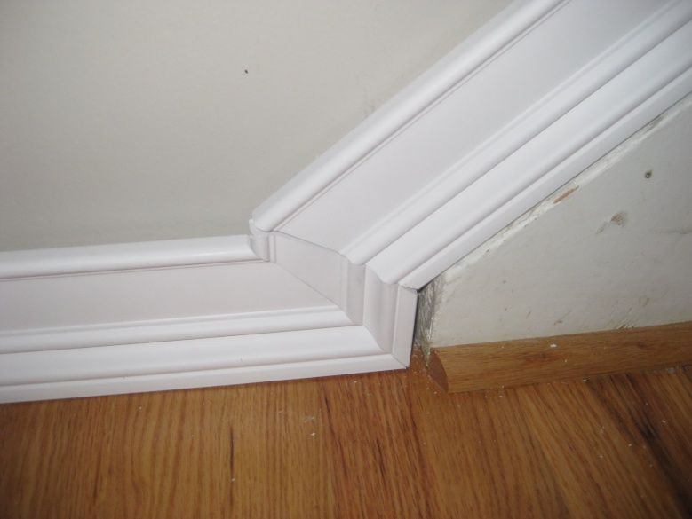 63089d1357420031 Baseboard Transition Cant Get Angle 3 Floor Jpg 779 585 Baseboard Styles Baseboards Moldings And Trim