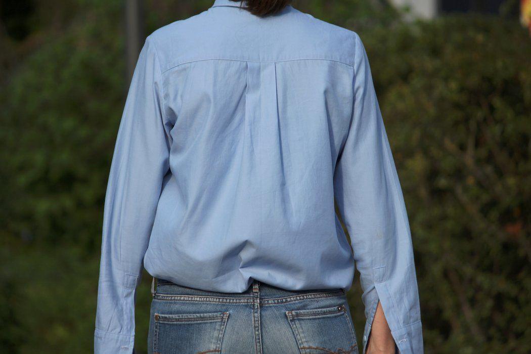 ANNA GIORNALISTA: Eine Hemdbluse nähen