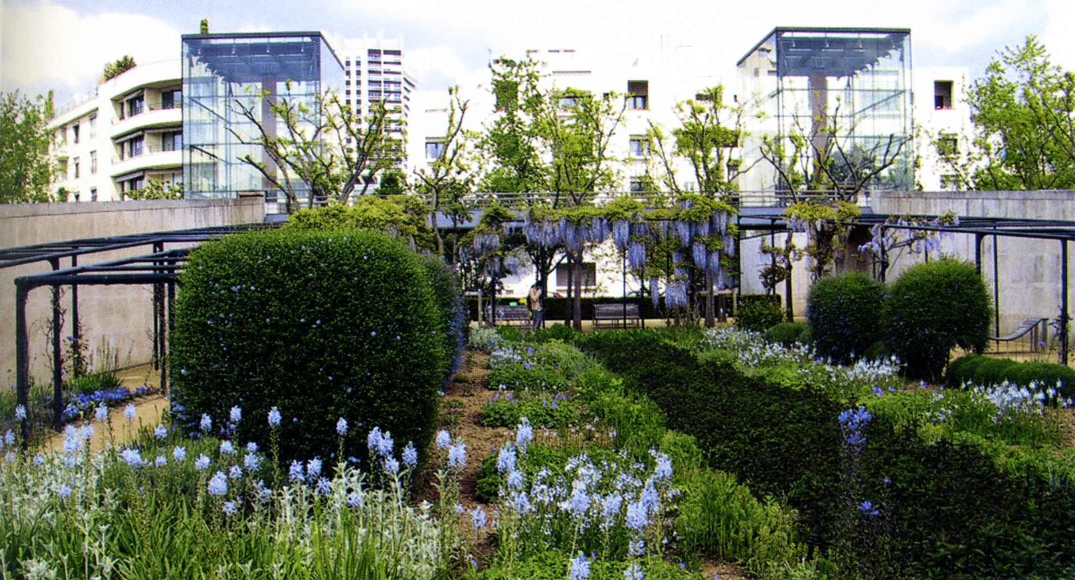 Gilles clement allain provost le jardin bleu parc andr for Le jardin du quai