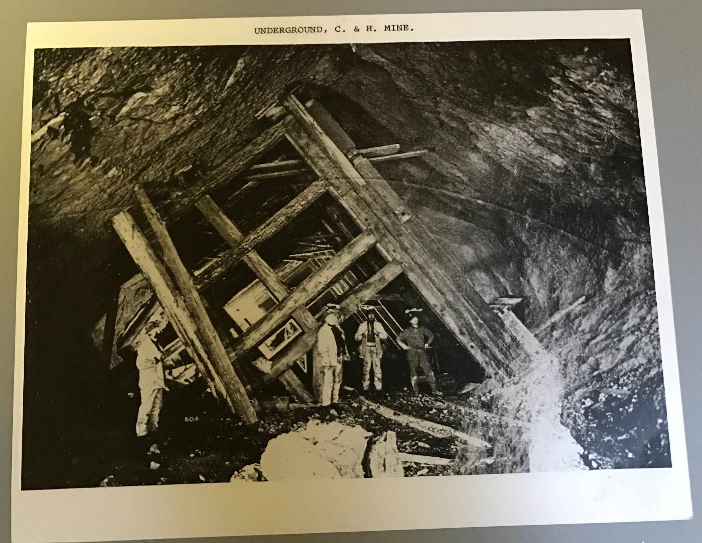 8x10 black and white phote men underground at the calumet