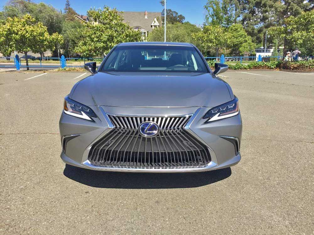 2020 Lexxus Es 300h Hybrid Sedan Test Drive In 2020 Lexus Es Sedan Lexus