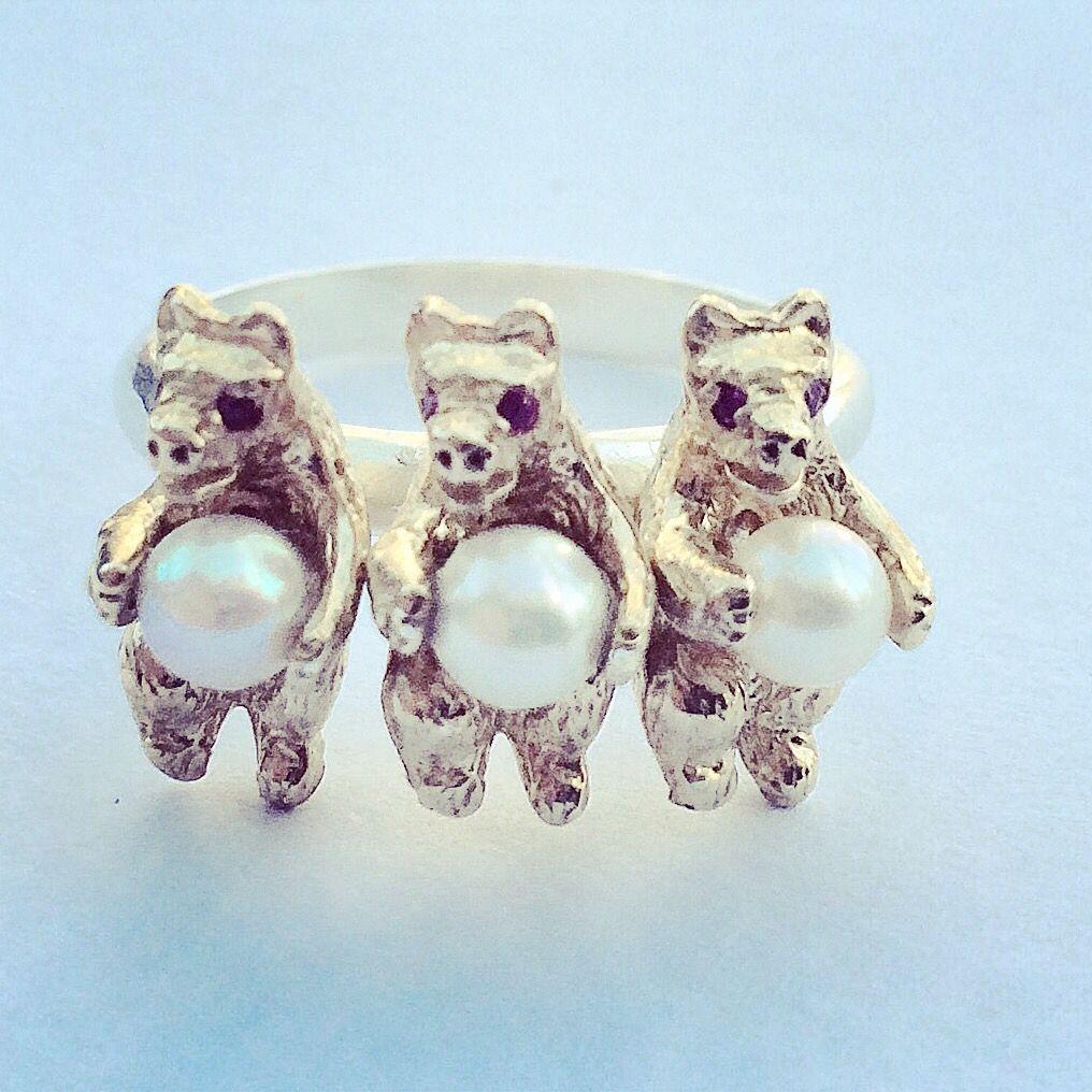 Bear Ring Ruby Pearl Silver