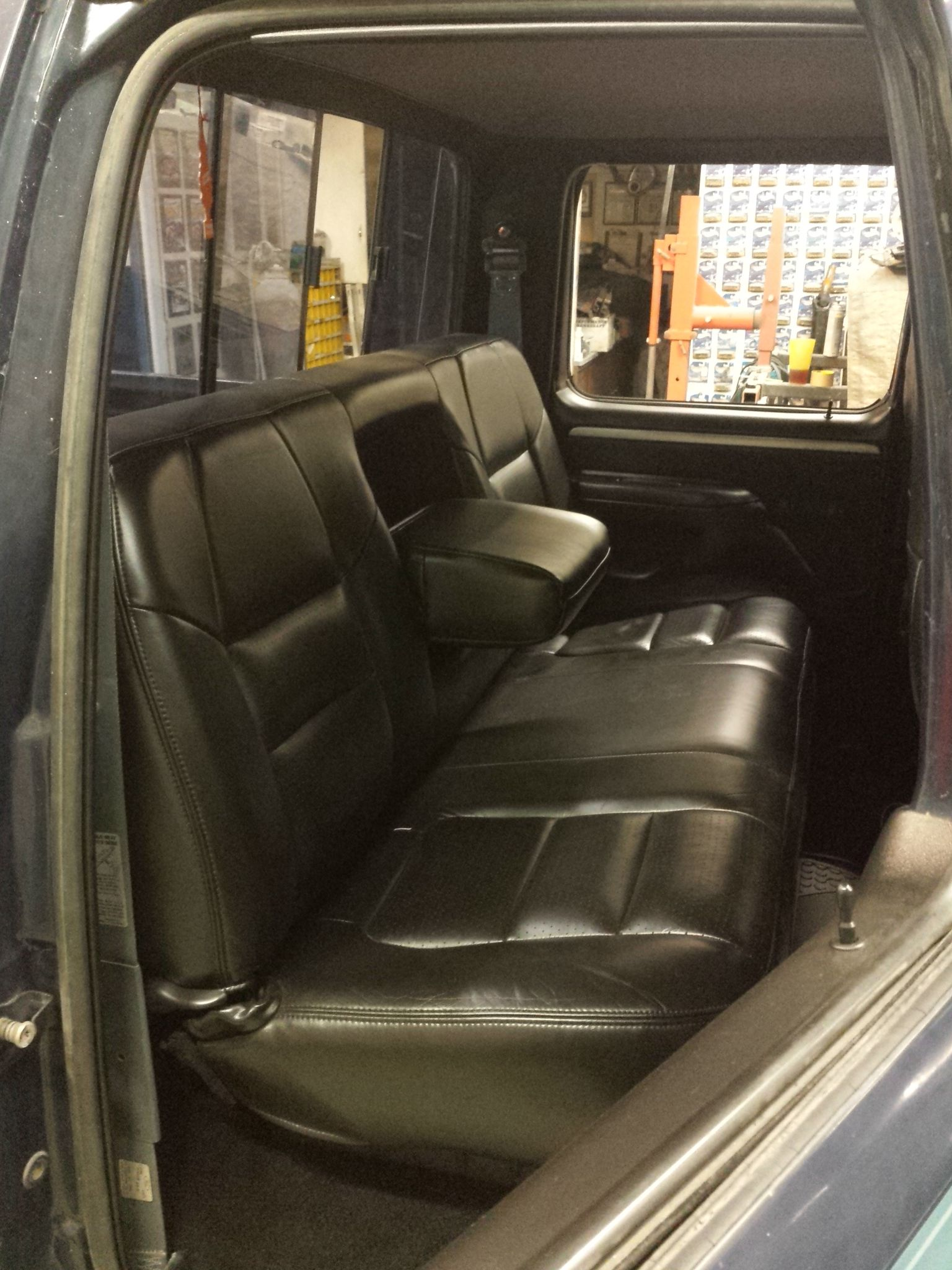 Inside My 1993 F350 Big Blue Full Black Interior Ford Lariat Leather Power Heated Seats Black Carpet Black Panels Ford Interior Ford Obs Truck Interior