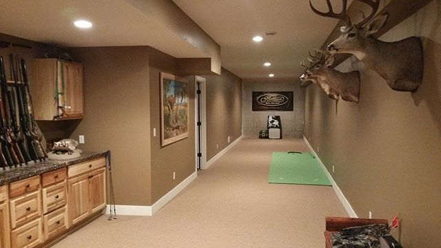 Double Tap If You D Want A Archery Range In Your Basement Whitetailsdaily Deerhunting Deerseason Archery Man Cave Home Bar Archery Range Hunting Man Cave