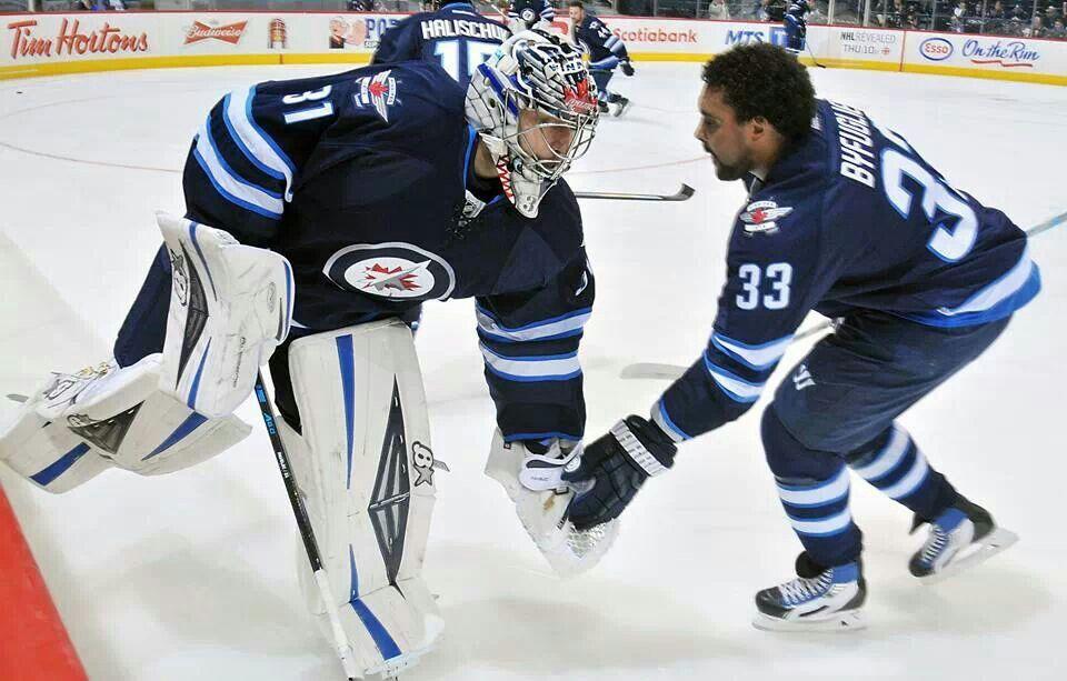 Ondrej Pavelec. Dustin Byfuglien. Jets hockey, Winnipeg