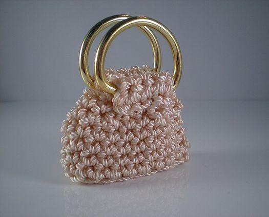 8d469955c 13 Mini Bolsos de Dulce en Crochet!!   Otakulandia.es   BOLSO NIÑA ...