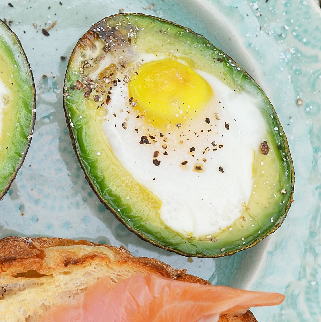 Eat well on the cheap with these 10 healthy breakfasts that cost less than $1 to make. | Health.com