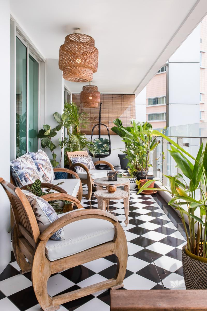 This Old-School Cool Apartment Has the Best View, Hands Down