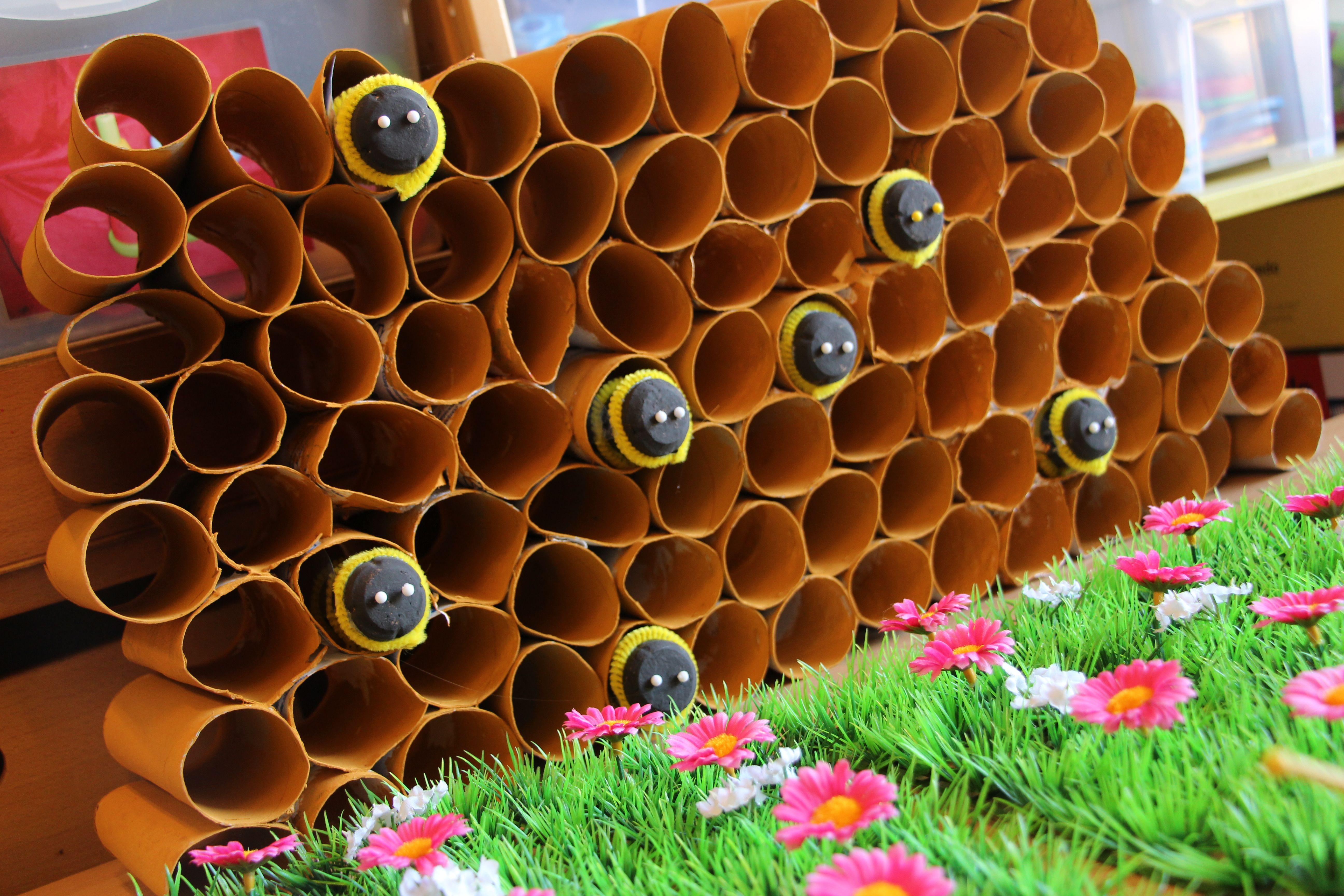 Bijenkorf met bijen om mee te spelen thema bijen bijen