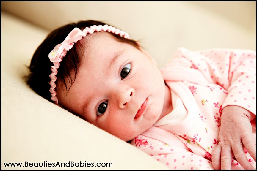 Professional newborn baby pictures taken at home los angeles