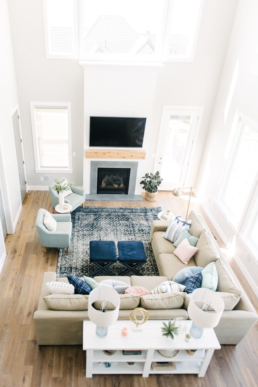 How Awesome Is This Family Room The Fireplace Design With Shi