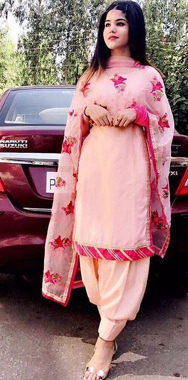 988079ec08 Pinterest: @pawank90 Punjabi Suit Simple, New Punjabi Suit, Punjabi Wedding  Suit,