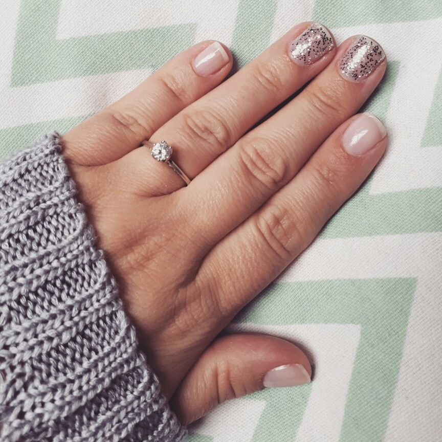 Sparkling nails.