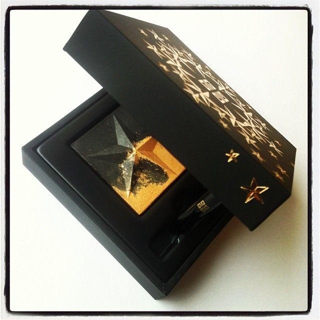 Ondulations d'Or. Nueva sombra de ojos de la colección de Navidad de Givenchy.