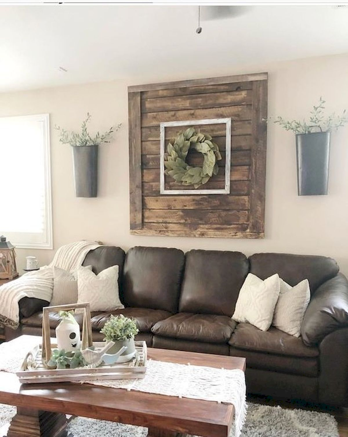 70 Awesome Wall Decoration Ideas for Living Room ...