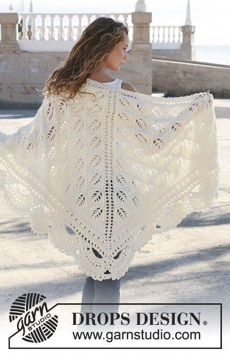 """Chal de punto DROPS con patrón de calado en """"Eskimo"""".   knit ..."""
