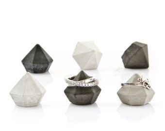 Great for Jewelry display... Etsy :  Concrete diamonds