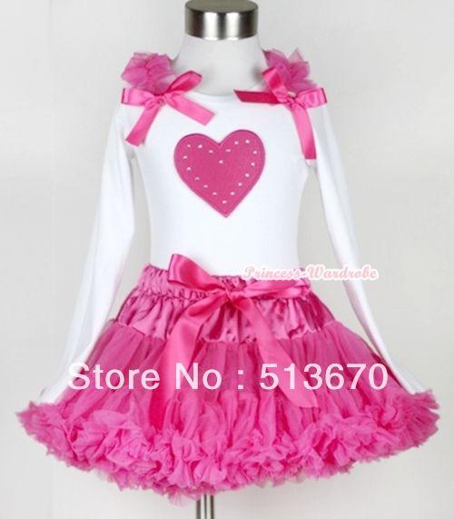 Ярко розовый юбка с ярко розовый в форме сердца печать белый топ с длинными рукавами с ярко розовый оборками и ярко розовый с бантом MAMW171
