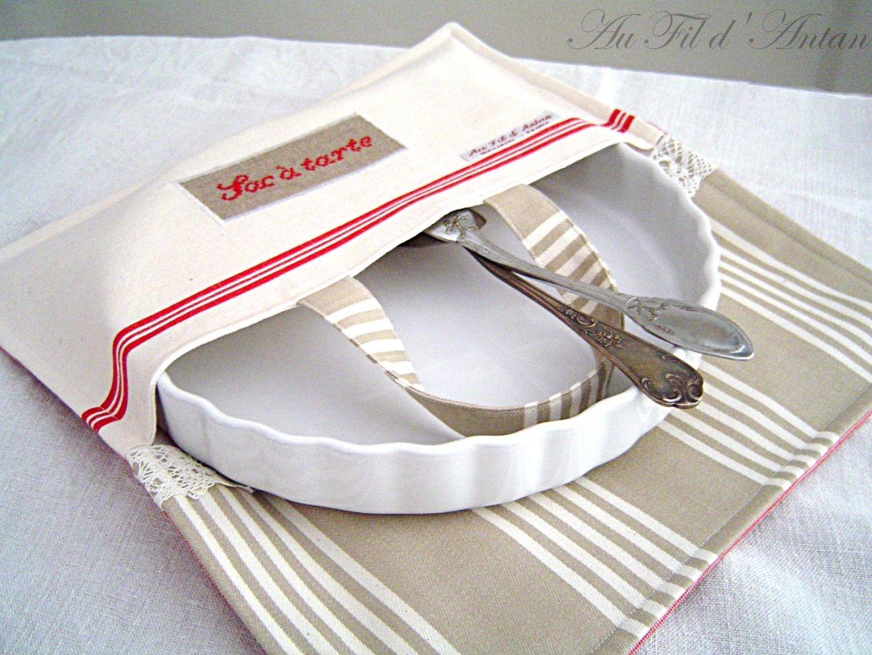 porta torte in stoffa sac tarte sac g teaux en linge ancien torchon ancien brode. Black Bedroom Furniture Sets. Home Design Ideas