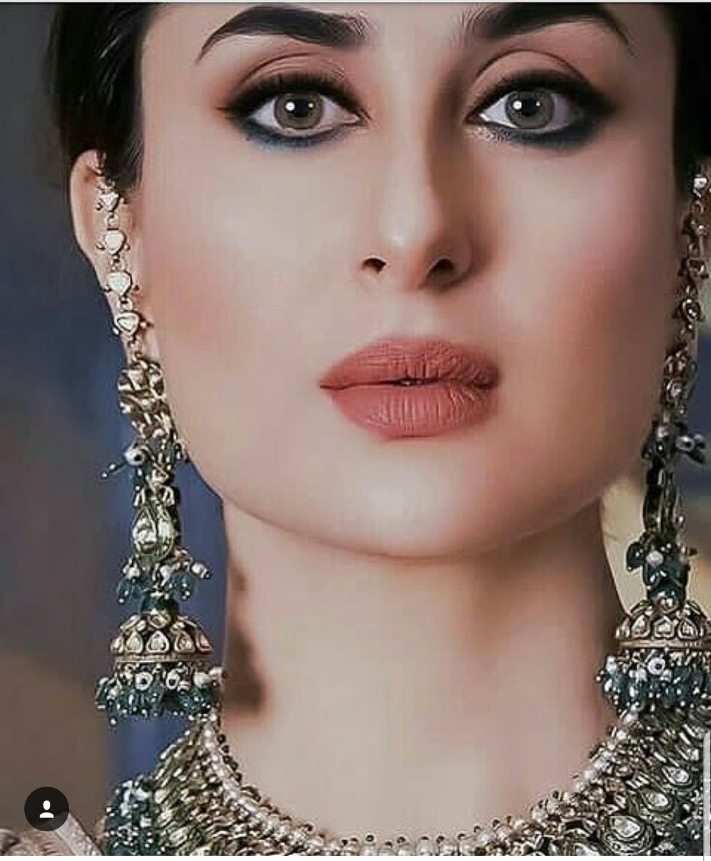 Pin By Umar Akhonzada On Kareena Bridal Party Makeup Kareena Kapoor Party Makeup